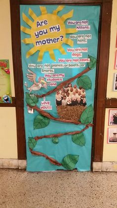Dr. Seuss door decorating contest Are you my mother? Read Across America Day & Mothers Day classroom door Our moms are bee autiful bee decoration ...