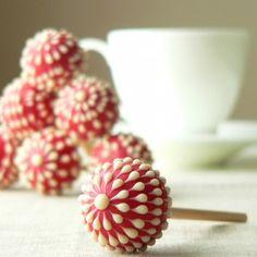 Raspberry Crème Lollipops