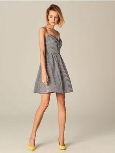 8241a54b90 Mohito - Sukienka w kratę gingham Idealna sukienka na lato