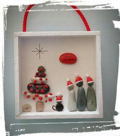 Christmas Ideas, Christmas Crafts, Christmas Decorations, Christmas Ornaments, Holiday Decor, Rock Crafts, Diy And Crafts, Christmas Pebble Art, Xmas Frames