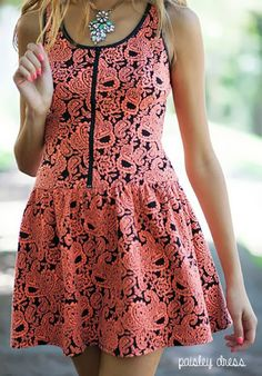 Paisley Weekend Dress http://lily-the-wandering-gypsy.blogspot.com/2014/03/potters-pot-clothing.html