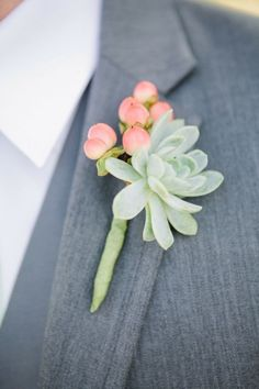 Inspiration for boutonniere ---- Succulent Wedding Boutonniere. Florist Megan Wilkes created a heat-friendly boutonniere comprised of succulents and pink hypericum berries. Boutonnieres, Succulent Boutonniere, Succulent Bouquet, Wedding Boutonniere, Wedding Bouquet Succulents, Bridal Bouquets, Calla Lily Boutonniere, White Boutonniere, Groomsmen Boutonniere
