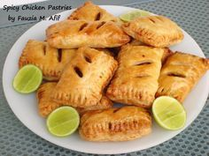 These flaky delicious little pastries are filled with a flavourful shredded chicken filling. They make for the perfect snack that can be prepared ahead of time and is ideal for tea time, picnics, iftar starteror for your lunch box.