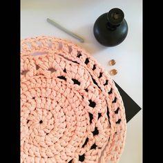 Crochet T Shirts, T Shirt Yarn, Rugs, Pattern, Handmade, Instagram, Farmhouse Rugs, Hand Made, Patterns