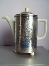 Antique thermo coffee pot, WMF metal and Hutschenreuther porcelain Wmf, Deco, Tea Pots, Porcelain, Coffee, Antiques, Metal, Tableware, Silver