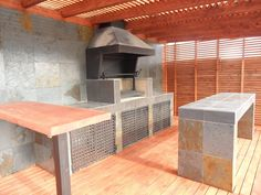 QUINCHO EL SENDERO LS Outdoor Kitchen Design, Patio Design, Parrilla Exterior, Brick Grill, Bungalow, Barbacoa, Diy Garden Decor, Living Room Sofa, Backyard Patio