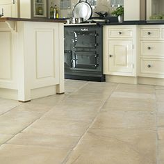 Aged Charlbury Cotswold Stone floor tiles