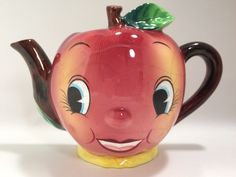 Vintage Anthropomorphic PY APPLE PITCHER Wall Pocket Tea Pot Japan Smiling Red