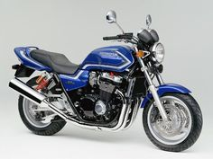 February 1999: Honda CB1300 Super Four
