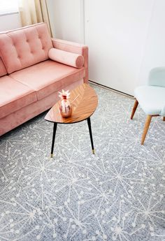 Guest Room/Office Floor Update with FLOR Carpet Squares – Melodrama White Carpet, Patterned Carpet, Cost Of Carpet, Cheap Carpet, Carpet Squares, Carpet Trends, Carpet Ideas, Office Floor, Hallway Carpet Runners