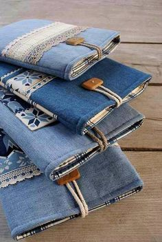 Para reciclar jeans más denim bags from jeans, diy old jeans, reuse jeans. Diy Jeans, Diy With Jeans, Sewing Jeans, Denim Bags From Jeans, Reuse Jeans, Diy Denim Wallet, Diy Denim Purse, Jean Crafts, Denim Crafts