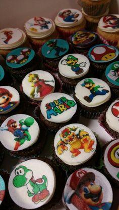 Super Mario mini cupcakes