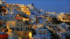白い壁と青い屋根と碧い海、エーゲ海に浮かぶサントリーニ島やミコノス島の美麗な風景写真いろいろ - DNA