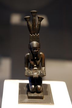 The spirit of the Nile in flood - Statuette - Ancient egypt
