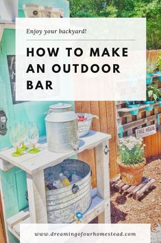 How to make a DIY outdoor bar from an old door. Using scrap wood and an old door, you can easily create a unique outdoor bar to entertain and enjoy your backyard! Diy Outdoor Bar, Outdoor Living, Jungle Pattern, Classic Bar, Easy Wood Projects, Diy Bar, Diy Party Decorations, Diy Painting, Homesteading