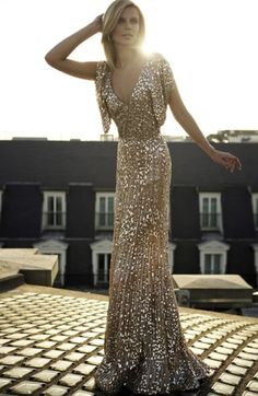 Evening gown, couture, evening dresses, formal and elegant Gold! sooo beautiful
