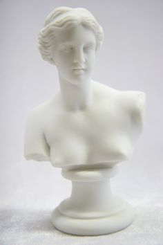 "Amazon.com - 5 3/4"" Nude Naked Bust of Venus De Milo Aphrodite of Milos Greek Goddess of Love and Beauty Statue Sculpture Figurine Made in Italy -"