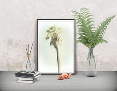 Make your favourite place shine! Tropical wall poster - Printables at FraBorArt.  walldecor #homedecor #interiordesign #painting # modernart #digitalart #downloadable #printable #affordable #etsy #art #fraborart #botanical #plant #trees #palm