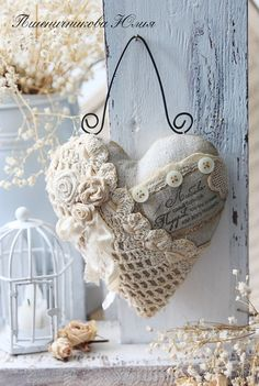 Shabby, fabric, embellished heart on wire hanger. Another beautiful shabby chic heart made of favorite remnants. Lace feelings ~ New vintage lace heart style Shabby. coeur romantique with wire hanger This is such a cute setup so perfect for a cottage or r Valentine Decorations, Valentine Crafts, Christmas Crafts, White Christmas, Christmas Tree, Valentine Heart, Shabby Chic Vintage, Shabby Chic Crafts, Vintage Heart