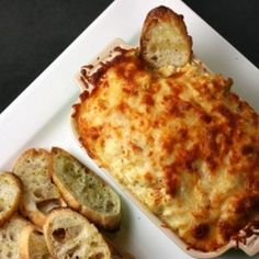 Cheesy Baked Artichoke Dip | foodraf (Perfect for Thanksgiving!)