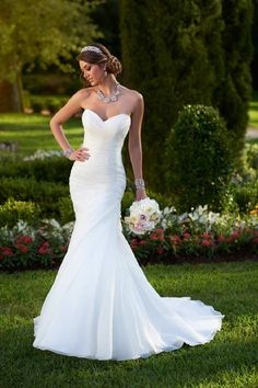 Wedding Gown Gallery | BridalGuide