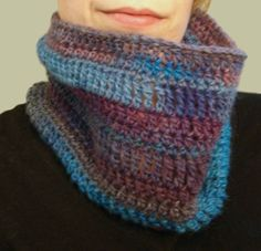 Crochet Pattern for a Colorful, One Skein Cowl | Suite101