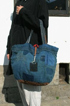 Indigo teinture sac réversible donnmai en tissu par SASAKIYOHINTEN
