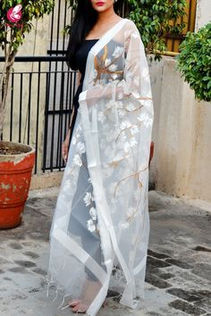 Shop White Organza White Floral Hand painted Stole - Stoles Online in India Dress Indian Style, Indian Dresses, Indian Wear, Indian Designer Outfits, Designer Dresses, Fabric Paint Designs, Royal Dresses, White Shop, Indian Bridal