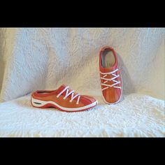 "Cole Haan Nike Air Orange  Clogs Athletic Shoes Cole Haan Nike Air Orange Pink & White Slip-On Clogs Athletic Sandals Size 7.5 B Heels 1.25"" A Few Blemishes On The Toe Caps From Use No Trades (Shoes075) Cole Haan Shoes Mules & Clogs"