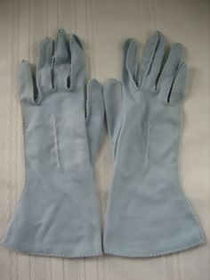 Vintage Ladies Women's Gloves - Baby Blue - Size Small