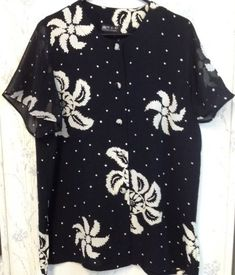 Women's Hibiscus Blouse Hawaiian Ladies Shirt Floral Flower Black & White   #ParkEunSukFashion #ButtonDownShirt #Any