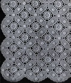 Prepare yourselves for a stunning crochet bedspread pattern. The Vintage 1935 Wedding Ring Crochet Bedspread is the definition of elegance. With intricate swirling lace designs and delicate crochet flowers, this crochet afghan will be a masterpiece to cherish for years to come.