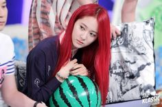 Ai là nữ thần tóc đỏ đẹp nhất của nhà SM? - TinNhac.com