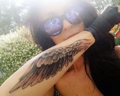 Single Forearm Wing