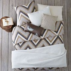 Layered Bed Looks - Neutral Zigzag #westelm