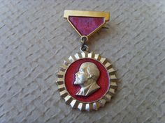This is a rare Soviet vintage badge pin with the leader of the proletariat Lenin, the pin medal is made in USSR in 1970s. Excellent vintage condition.