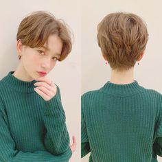 Tomboy Haircut, Androgynous Haircut, Tomboy Hairstyles, Girl Haircuts, Kpop Short Hair, Messy Short Hair, Kpop Hair, Short Hair Cuts, Shot Hair Styles