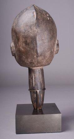 Lobi Thilbou Yo (Head Stake), Burkina Faso
