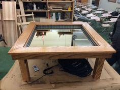 Ce que cet apprenti menuisier a réalisé est une véritable petite merveille. Le meuble qu'il a fabriqué est un modèle de créativité et de simplicité. Avec ce qu'il a appris lors de sa formation et quelques notions d'électronique, la...