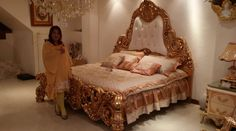Luxury gold leaf classic bed ,this set is for sale,Please contact me.