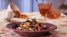 Salada Coleslaw - Prato do Dia 2   24Kitchen Chefs, Coleslaw, Nutritious Meals, Potato Salad, Grains, Rice, Potatoes, Canning, Healthy