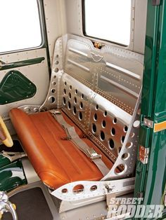 bomber bench seat love the details though I'd rather it had some patina to it and different colored seats Chevy, Pick Up, Bomber Seats, Custom Car Interior, Truck Interior, Interior Ideas, Sheet Metal Fabrication, Metal Shaping, Banquettes