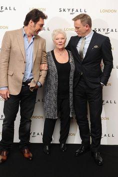 Javier Bardem (Silva), Judi Dench (M) and Daniel Craig (James Bond) .