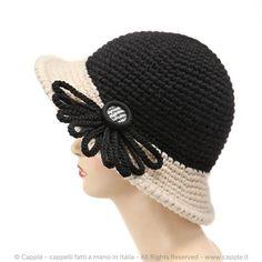 Cappello con tesa/mb