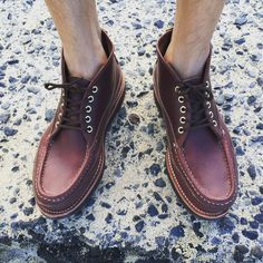 Not your typical moccasin (IG: Russell Moccasin, Fashion Shoes, Men's Fashion, Waikiki Beach, Sperrys, Moccasins, Boat Shoes, Trendy Fashion, Hawaii