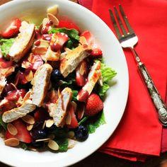 Wendy's Copycat Berry Almond Chicken Salad (Small)