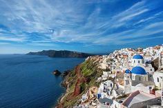 If you are wondering where to stay in Santorini or specifically looking for Airbnb Santorini rentals, you have come to the right place! I've rounded up the twelve best Santorini Airbnb options in the best place to stay in Santorini. Greece Honeymoon, Greece Vacation, Greece Travel, Cheap Hotels In Santorini, Best Hotels In Greece, Indoor Jacuzzi, Santorini Island, Private Pool, Luxury Travel