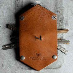 Hard Graft Key Fold - Acquire