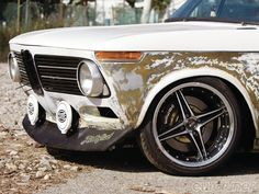 Eurp 1109 03+1972 bmw 2002+front end