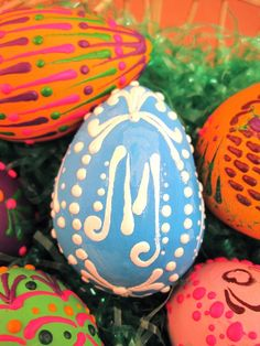 Egg Gourd decorated with Crayon Wax.  Gourd art by Miriam Joy.